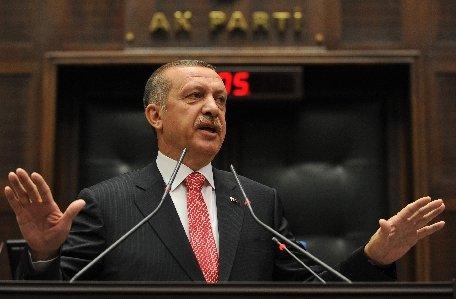 Turcia ameninţă: Nu putem să rămânem spectatori ai evenimentelor din Siria