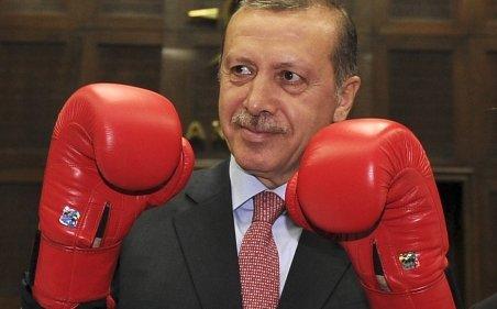 Iranul ameninţă că va răspunde dur, dacă Turcia va ataca Siria