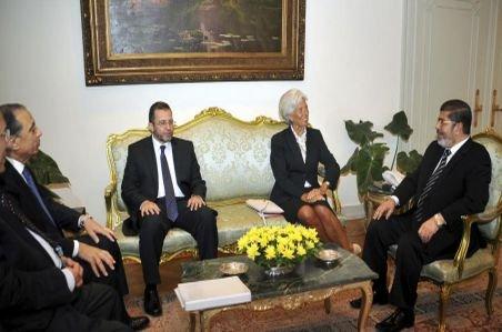 Egiptul intenţionează să se împrumute cu 4,8 miliarde de dolari de la FMI