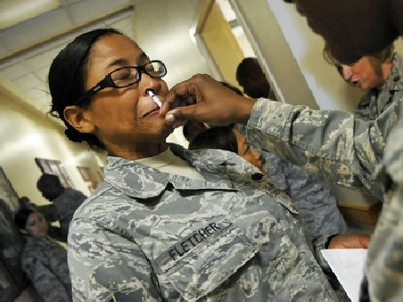 Un spray nazal ar putea preveni sinuciderile din armata americană. Un soldat îşi ia viaţa în fiecare zi