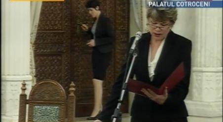 Mona Pivniceru este noul Ministru al Justiţiei. Aceasta a depus jurământul de învestitură