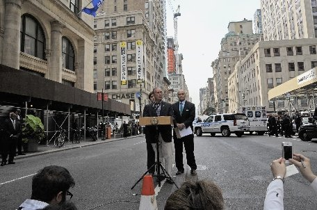 Rănirea celor nouă persoane în atacul de la Empire State Building a fost cauzată de poliţişti