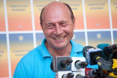 INCREDIBIL. Traian Băsescu - curat ca lacrima. A primit NUP pentru spălare de bani şi luare de mită