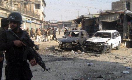 Atentat cu maşină-capcană soldat cu cel puţin 12 morţi, la Damasc