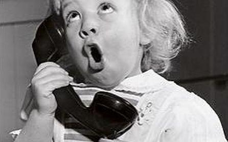 Veste bună pentru români. Scad tarifele apelurilor telefonice către alte reţele. Află la ce valoare vor ajunge