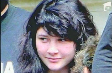 """Eleva care şi-a ucis mama adoptivă cu toporul, """"meditată"""" de Ioana Maria Vlas în penitenciar. A devenit studentă la ASE"""