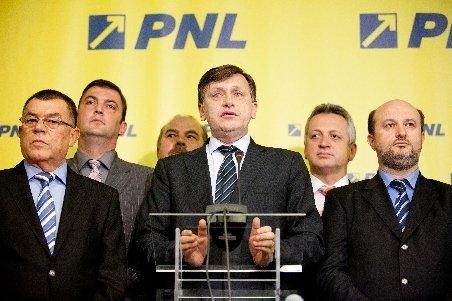 Liberalii se reunesc, joi, în CNEx şi Delegaţia Permanentă pentru a discuta rezultatele de la referendum