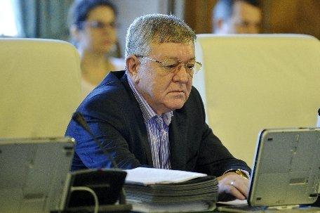 Ministrul Apărării: România începe retragerea trupelor din Afganistan în 2013