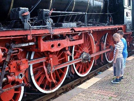 Cel mai mare muzeu din Europa de locomotive cu abur a fost inaugurat la Reşiţa