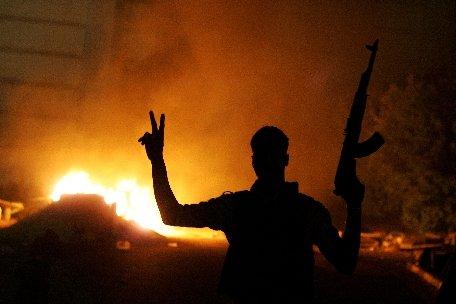 Benghazi. Şase membri ai forţelor de securitate libiene au fost executaţi