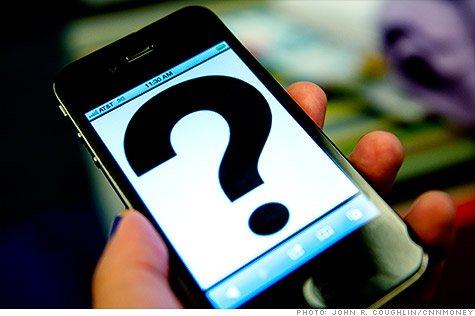 Cel mai râvnit telefon al momentului costă de fapt 230 de dolari. De ce este vândut de trei ori mai scump?