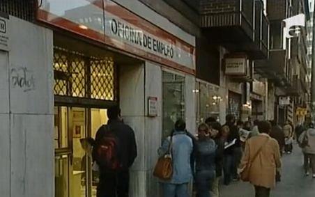 Spania nu e acasă - Tot mai mulţi români stabiliţi în Spania îşi pierd locurile de muncă