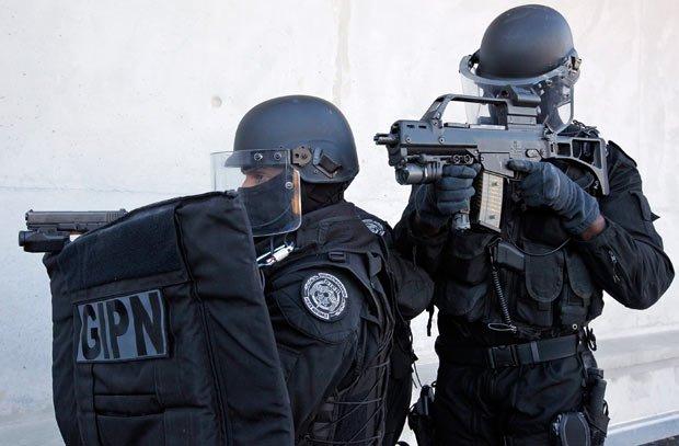 Franţa. Bărbatul ucis la Strasbourg, în timpul unei operaţiuni antitero, făcea parte din celula islamistă destructurată