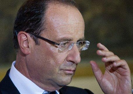 Preşedintele francez cere mobilizare totală în lupta împotriva ameninţărilor teroriste
