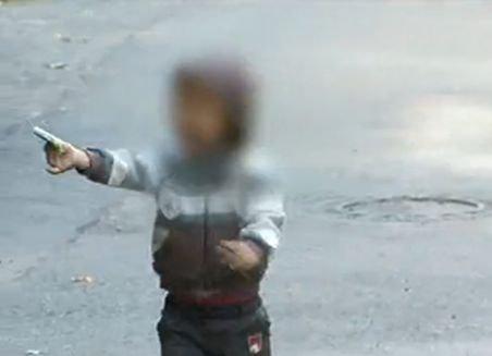 Nu vor mâncare, vor bani. Copiii cerşetori ai României au isterizat autorităţile europene