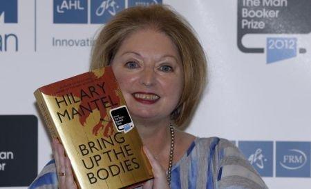 Ea a realizat ceea ce nici o femeie nu a mai reuşit. Romanciera Hilary Mantel face istorie, după ce a câştigat DIN NOU Man Booker Prize