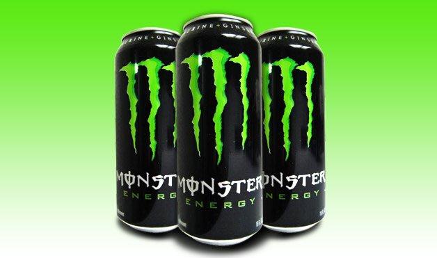 """O fată de 14 ani a murit din cauza unei """"supradoze"""" de cafeină, după ce a băut Monster Energy"""