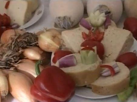 Produsele tradiţionale româneşti, prea scumpe pentru buzunarul românilor