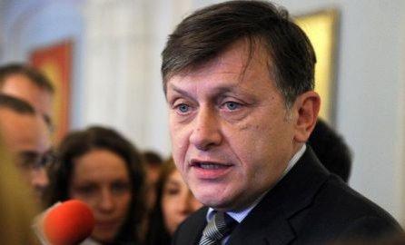 Crin Antonescu îşi schimbă colegiul în care va candida pentru un nou mandat de senator