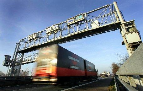 Germania. Trei români au murit şi alţi trei au fost grav răniţi, într-un accident pe A3 în landul Bavaria