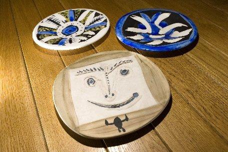 O colecţie de ceramică realizată de Pablo Picasso, expusă la un muzeu din Uzbekistan