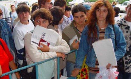 Anularea restricţiilor pentru români şi bulgari ameninţă piaţa muncii din Marea Britanie