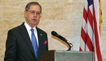 Ambasadorul SUA la Bucureşti laudă justiţia din România: Instanţele sunt din ce în ce mai rezistente la presiuni