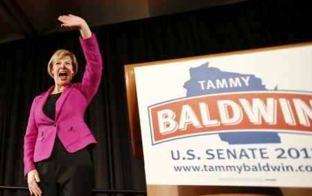 Premieră în SUA. Americanii au ales prima femeie cu orientare homosexuală în funcţia de senator