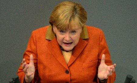 Merkel cere Egiptului să îşi utilizeze influenţa asupra Hamas pentru a calma violenţele