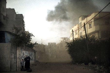 """""""Zona este militarizată închisă"""". Israelul a blocat toate drumurile spre Fâşia Gaza"""