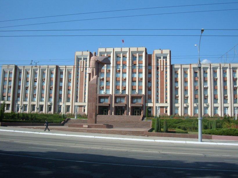 Rusia şi Republica Moldova continuă negocierile privind deschiderea unui consulat rus la Tiraspol