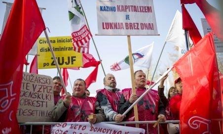 Slovenia. Peste 30.000 de oameni protestează împotriva măsurilor de austeritate