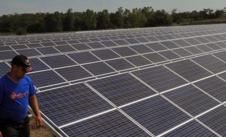 Cel mai mare parc solar din România se deschide săptămâna viitore. Centrala se află la Isaccea