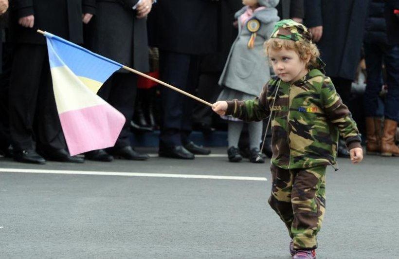 Ziua Naţională, în imagini. Fotografii impresionante de la parada militară din Capitală