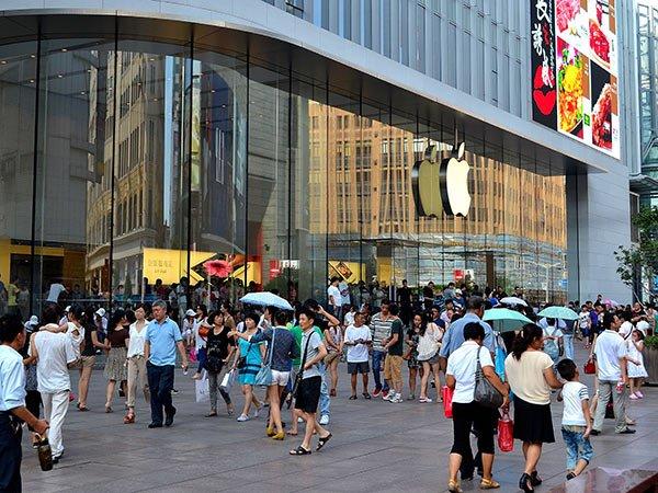 China: iPhone 5 s-a vândut în două milioane de exemplare în doar trei zile de la lansare