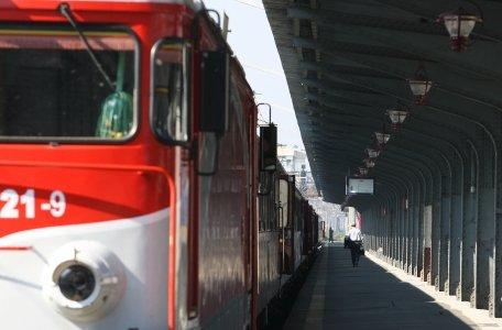 Ministrul Transporturilor: CFR Marfă poate deveni profitabilă prin oprirea hoţiilor şi cu un management performant