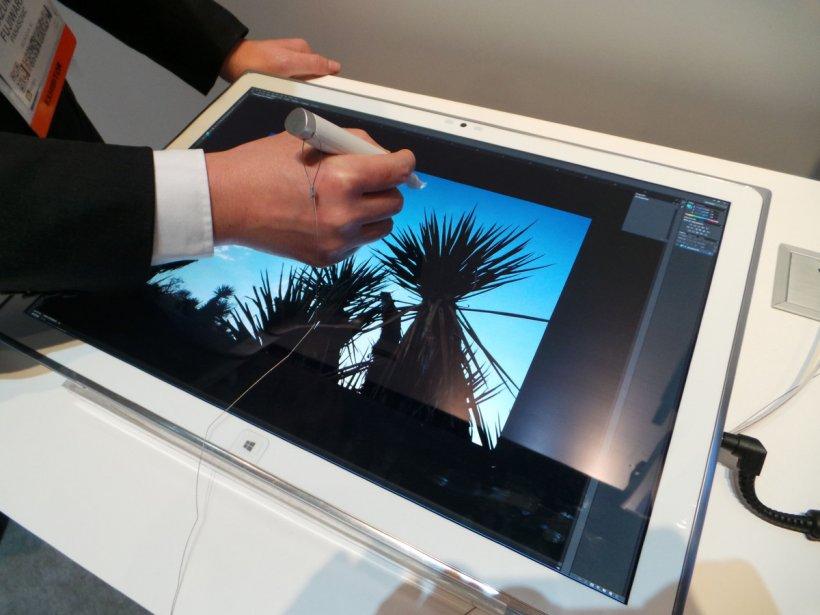 CES 2013: Panasonic a prezentat o tabletă cu rezoluţie 4K (Ultra HD)