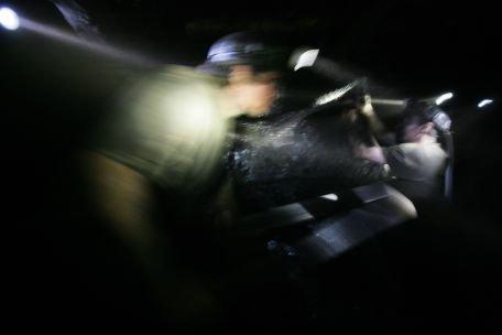 Minerii de la Mina Lupeni au ieşit din mină, după aproape opt ore de protest