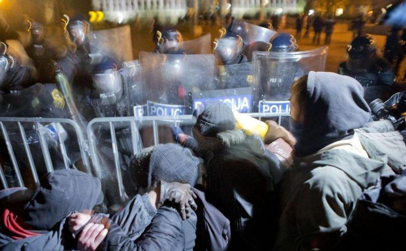 Slovenia. Mii de persoane cer demisia premierului, suspectat de corupţie