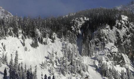 Patru persoane au murit într-o avalanşă în Scoţia