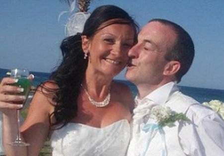 Au fost arestaţi după ce au postat pe Facebook fotografii de la nunta