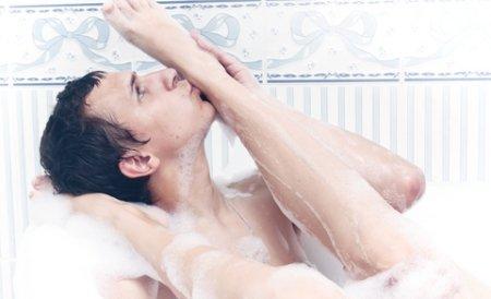 Dragostea se face în minim trei! Românii perverşi fac revoluţie în dormitor