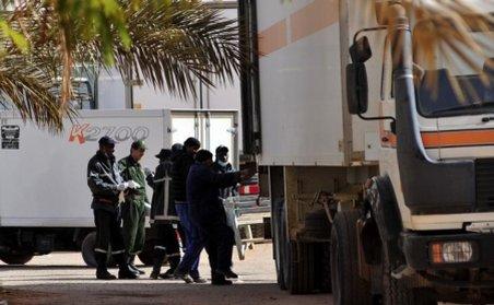"""Sursă islamistă: Răpitorii din Algeria au primit """"ajutor logistic"""" din Libia"""
