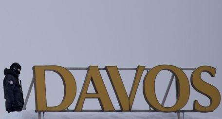 Concluzia Forumului Davos: Criza din Europa nu s-a încheiat, chiar dacă euro s-a stabilizat
