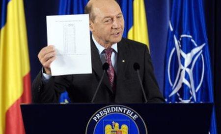 """Proteste europene față de amenințarea presei din România. """"Basescu vrea să pună presei botniță"""""""