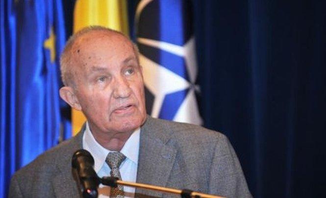 """Dinu C. Giurescu: """"Vom mai vorbi de România - stat cu depline și egale drepturi în UE?"""""""