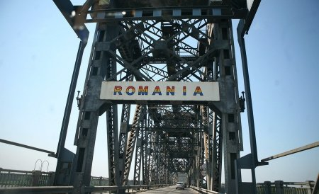 Premierul bulgar: Podul Calafat-Vidin va fi inaugurat pe 9 mai în prezenţa lui Jose Manuel Barroso