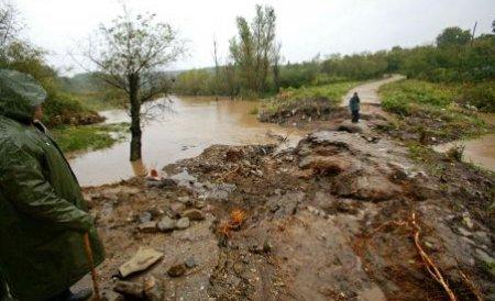 ANAR avertizează: Creşteri de debite pe şapte râuri din Muntenia şi sudul Moldovei