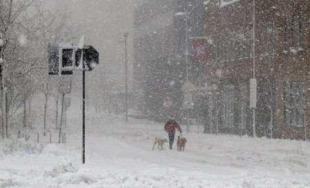 COD GALBEN de NINSORI. Se vor depune între 3 și 5 centimetri de zăpadă pe oră