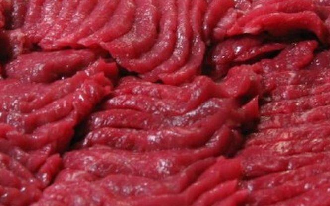 Legea din România care ar fi de vină pentru vânzarea frauduloasă de carne de cal. Ce ipoteză şocantă prezintă publicaţiile britanice
